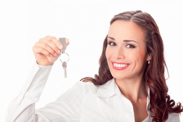 Как прописать человека в приватизированную квартиру